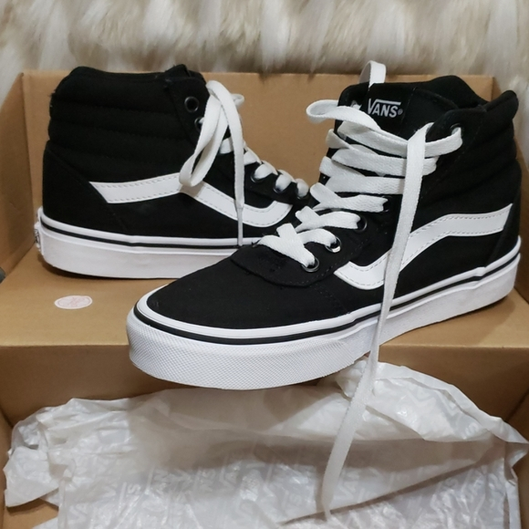 Vans Shoes   Black And White Girls Size